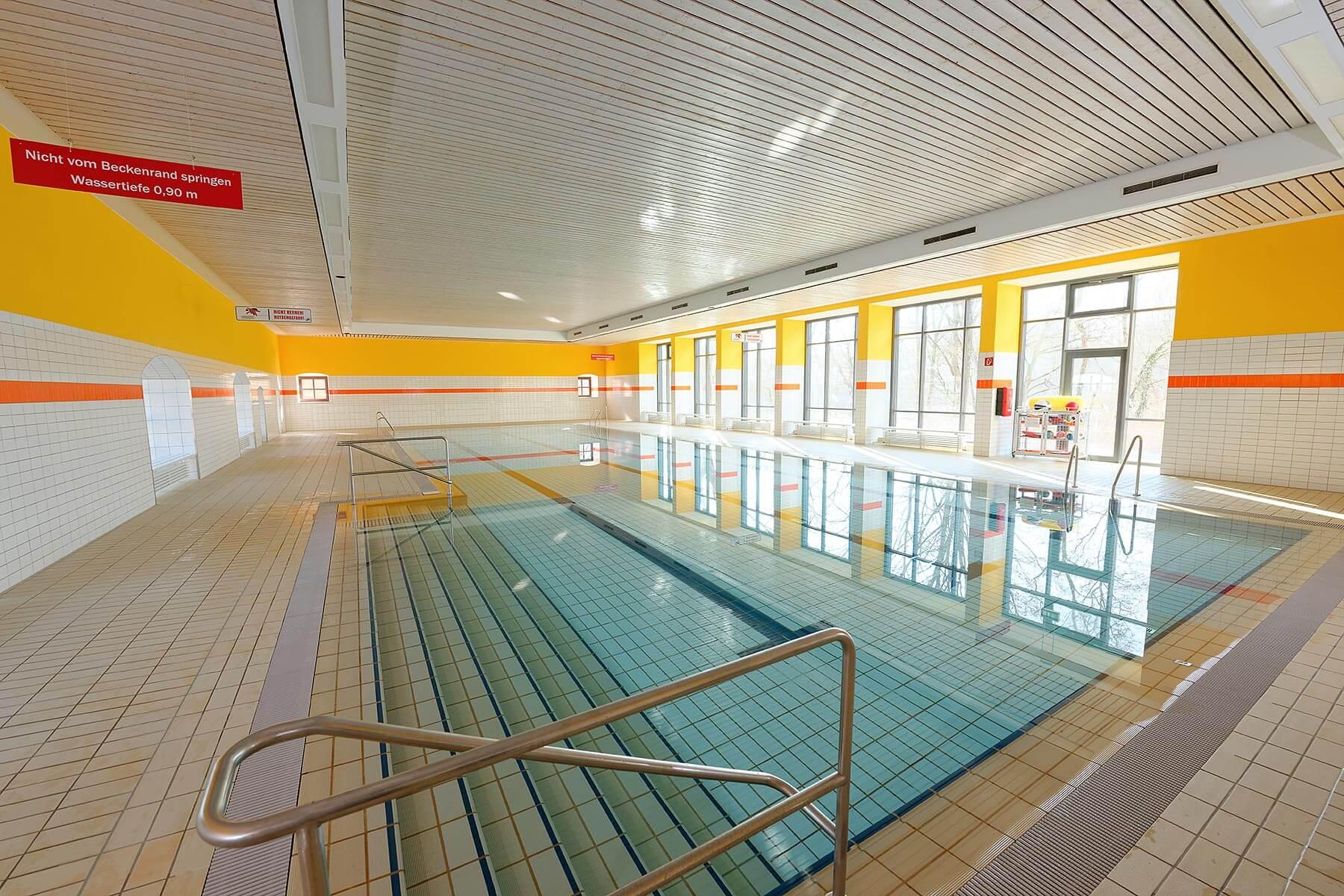 Schwimmbad lvh hardehausen for Schwimmbad offenburg offnungszeiten